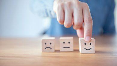 تصویر از چرا افراد خردمند، متفکر و باهوش شاد نیستند؟